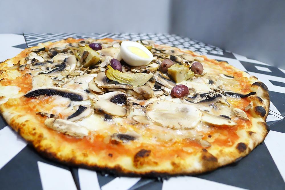 Pizzeria la Lievita pizza a domicilio e da asporto capricciosa