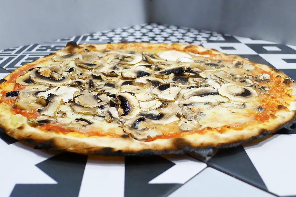 Pizzeria la Lievita pizza a domicilio e da asporto funghi