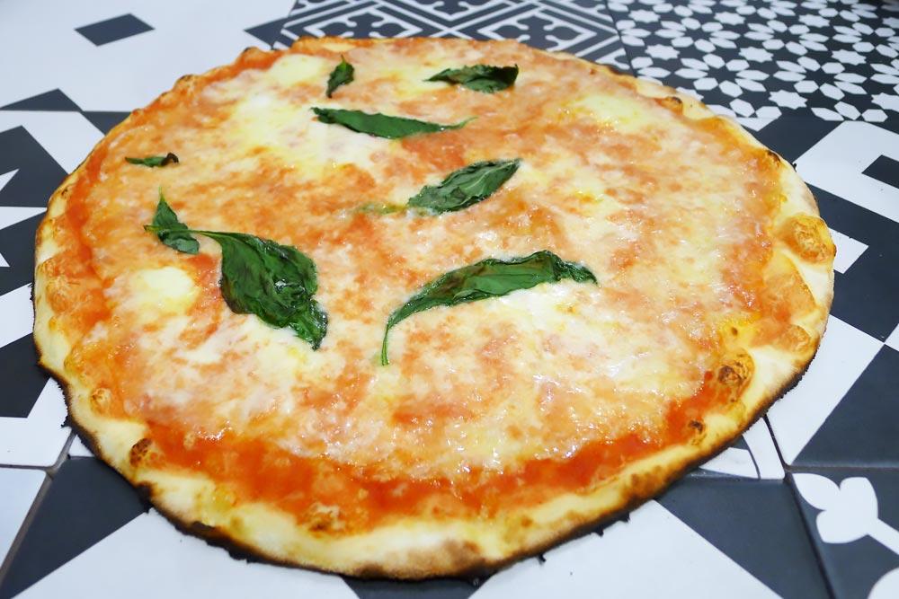 Pizzeria la Lievita pizza a domicilio e da asporto margherita