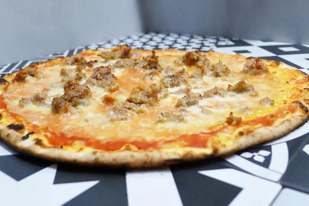 Pizzeria la Lievita pizza a domicilio e da asporto salsiccia