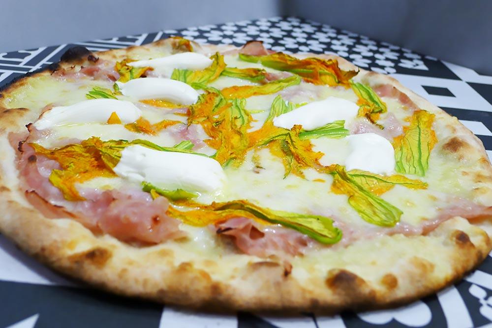 Pizzeria la Lievita pizza a domicilio e da asporto fiori di zucc
