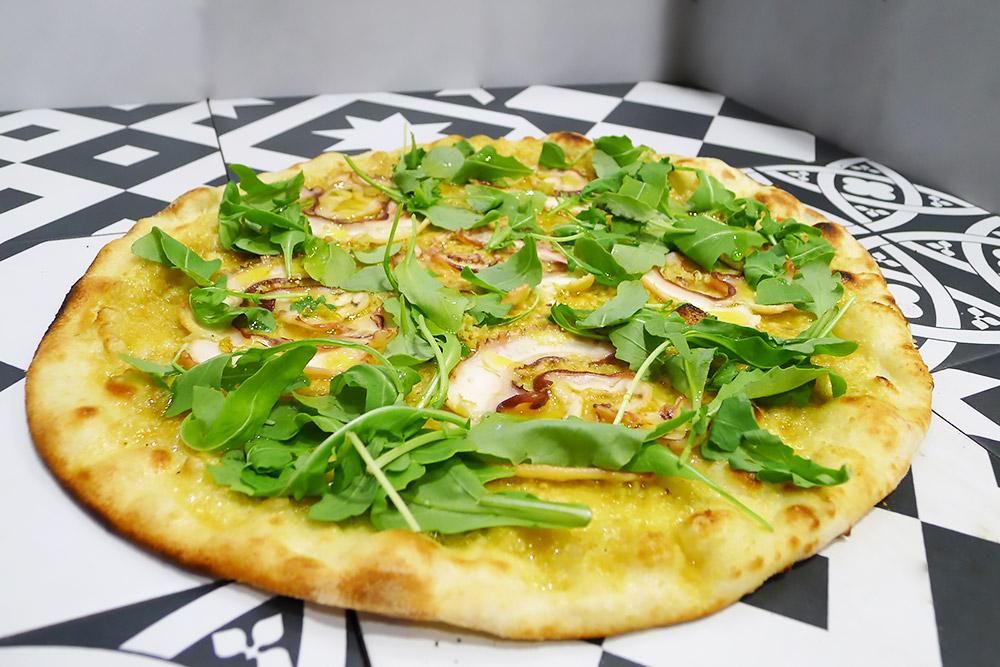 Pizzeria la Lievita pizza a domicilio e da asporto ceci rucola e polpo