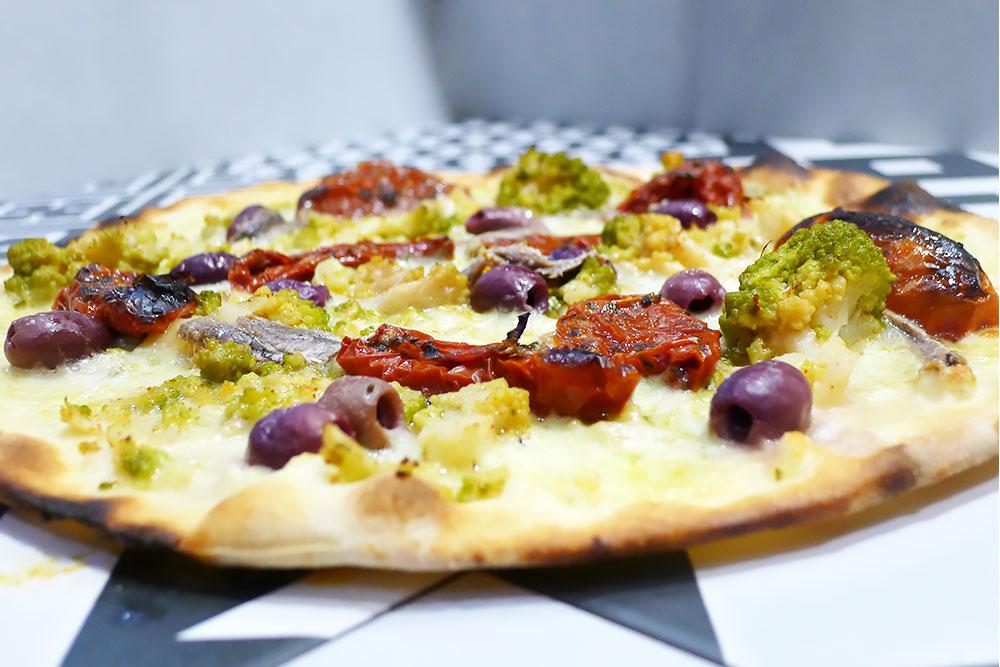Pizzeria la Lievita pizza a domicilio e da asporto broccolo ricco alla romana
