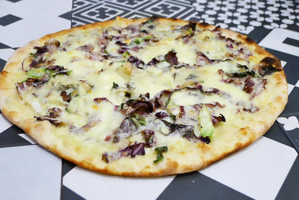 Pizzeria la Lievita pizza a domicilio e da asporto radicchio e gorgonzola