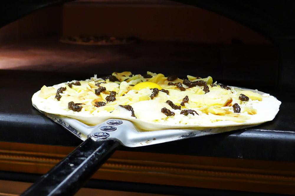 Pizzeria la Lievita pizza a domicilio e da asporto uovo e tartufo da infornare